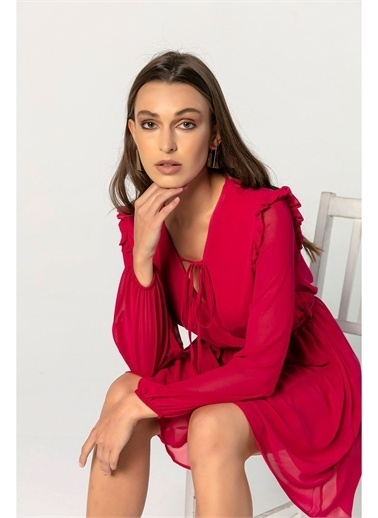 Tiffany&Tomato Omuzları Fırfırlı Şifon Elbise Renkli